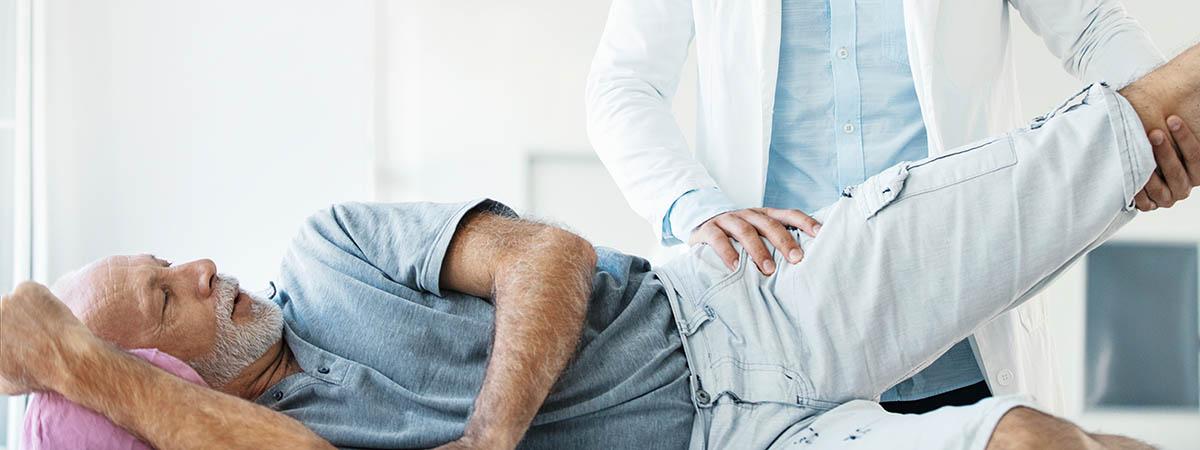 Behandlung/Therapie einer Hüftarthrose