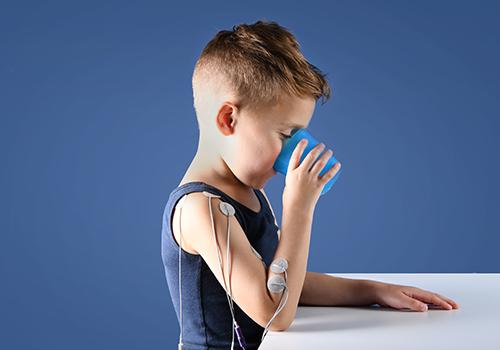 STIWELL Therapie | Hand zu Mund (Zerebralparese, ICP)