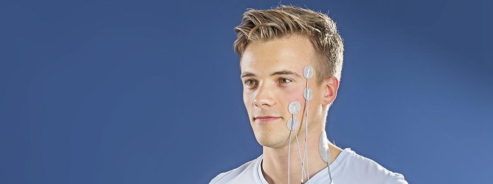 Electrical stimulation for facial nerve palsy
